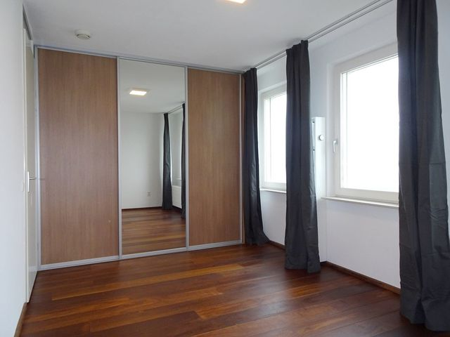 For rent: Apartment Rotterdam Maashaven N.Z.