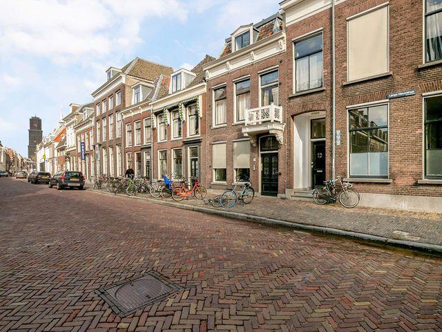Te huur: Studio Utrecht Lange Nieuwstraat