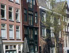 Appartement Oudezijds Achterburgwal in Amsterdam
