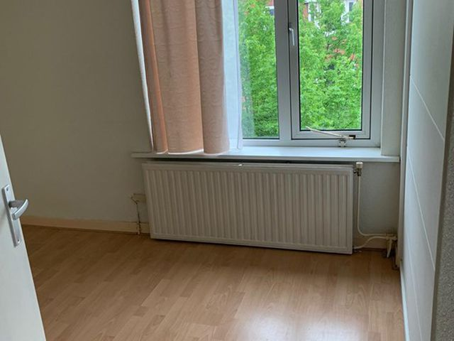 For rent: Apartment Den Haag Van Zeggelenlaan