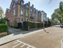Appartement Johan van Oldenbarneveltlaan in Den Haag
