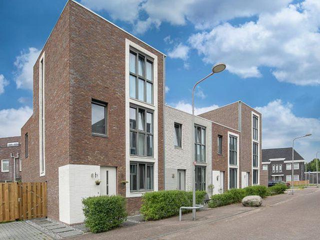 Te huur: Huurwoning Almere Iskurstraat