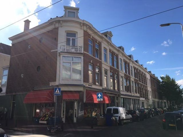 For rent: Studio Den Haag Zoutmanstraat