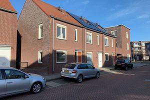 For rent: House Landgraaf Dr. Poelsstraat
