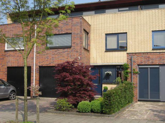 Te huur: Huurwoning Ouderkerk aan de Amstel Coen van Boshuizenlaan