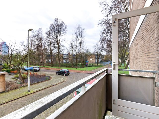 Te huur: Kamer Rotterdam Van der Helmstraat