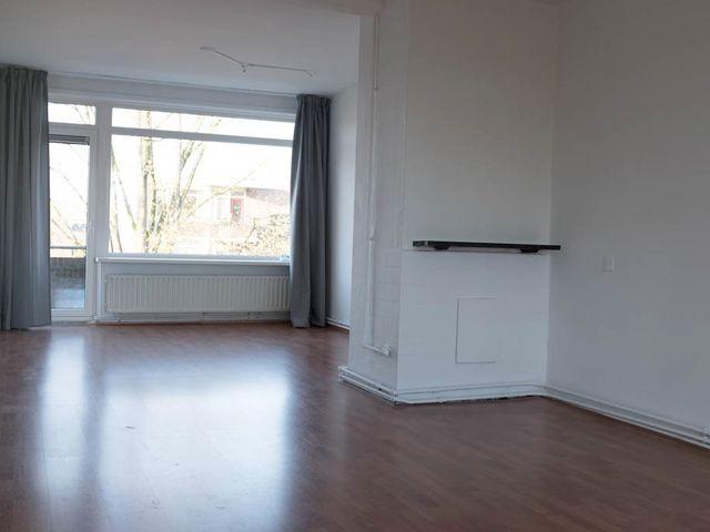 For rent: Apartment Groningen Van Lenneplaan