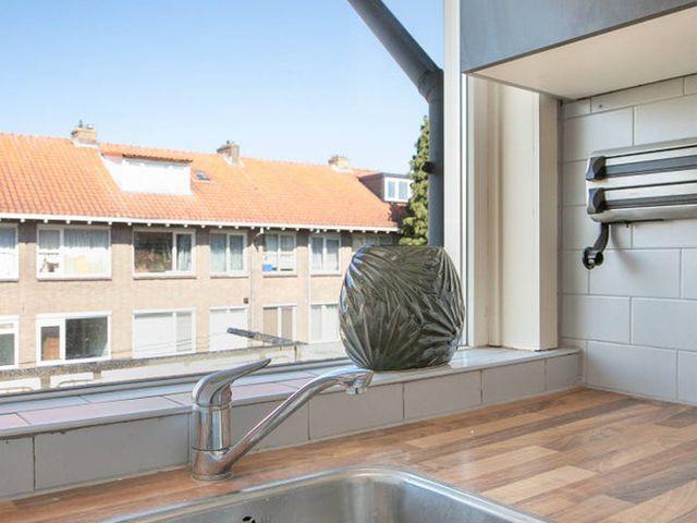 For rent: Room Rotterdam Korhaanstraat