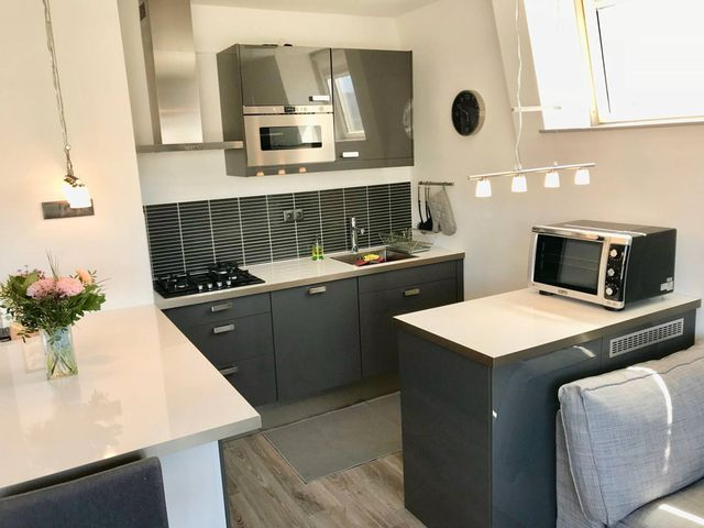 For rent: Apartment Den Haag Gedempte Burgwal