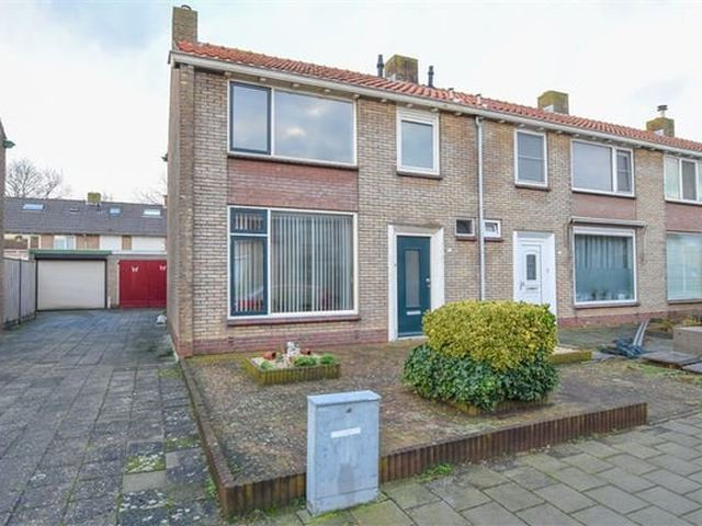 For rent: House Terneuzen Pieter de Hooghstraat