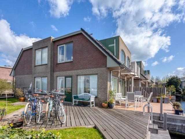For rent: House Vinkeveen Groenlandse kade