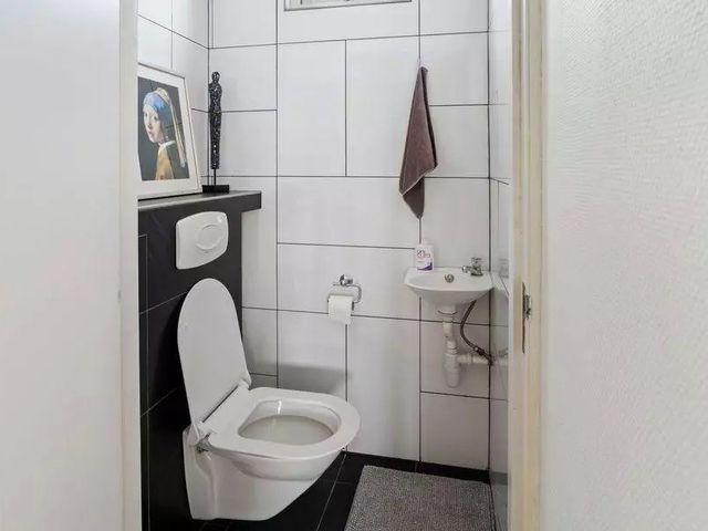 For rent: Studio Den Haag Lunterenstraat