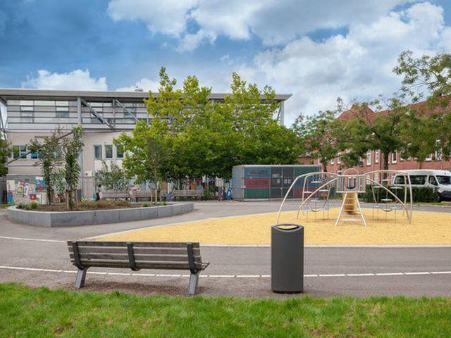 Te huur: Kamer Rotterdam Dahliastraat