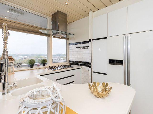 For rent: Apartment Rotterdam Plein 1953