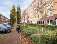 Apartment Bloys van Treslongstraat in Amsterdam