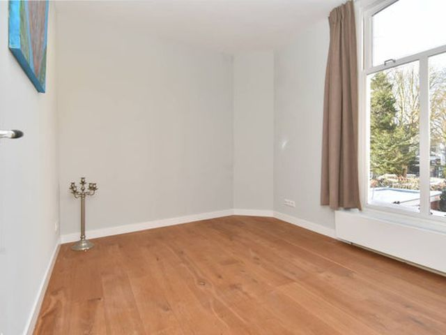 For rent: Apartment Den Haag Badhuisweg