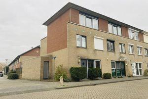 For rent: House Spijkenisse Else van der Banstraat