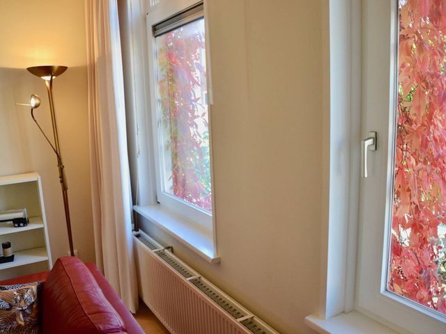 For rent: Apartment Den Haag Sneeuwbalstraat
