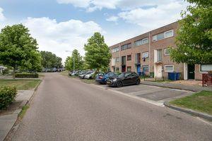 Te huur: Appartement Almere Multatuliweg