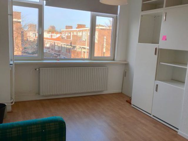 For rent: Room Den Haag Jan van Beersstraat