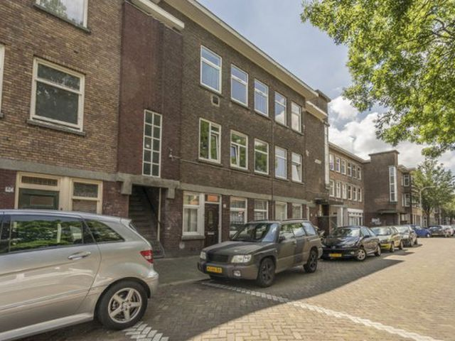 For rent: Room Den Haag Capadosestraat