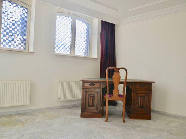 For rent: Apartment Den Haag Sweelinckplein