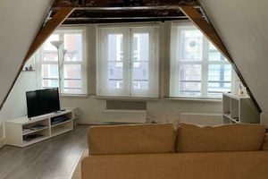 For rent: House Amsterdam Warmoesstraat