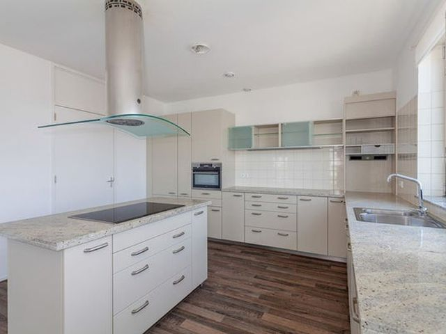 For rent: Apartment Rotterdam Willemsplein